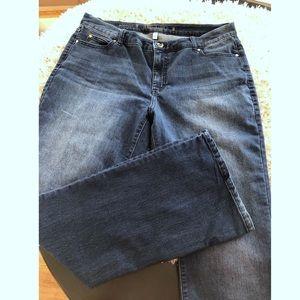 Jennifer Lopez Bootcut Jeans Size 16